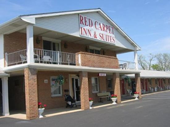 Red Carpet Inn & Suites - Hershey