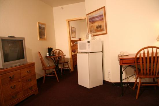 Marquis Plaza and Suites: EXECUTIVE SUITE