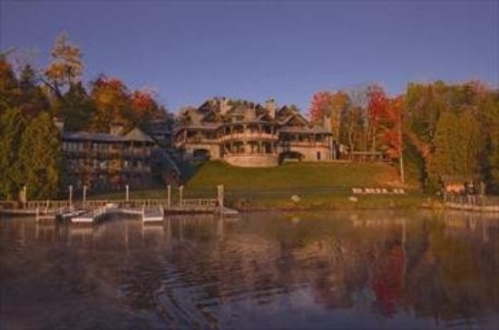 Lake Placid Lodge: Lodge From Lake