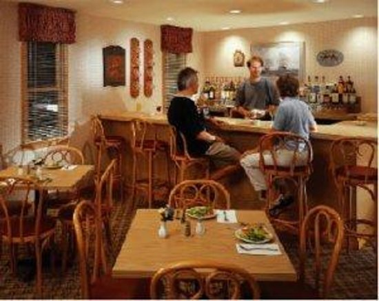 Wellfleet Motel: Dining