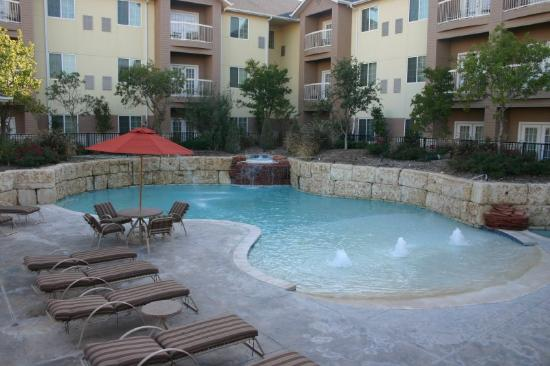 Arbor Inn and Suites: Nicest pool in Lubbock