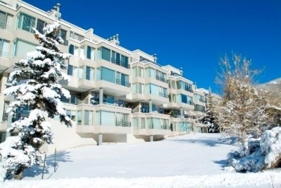 Simba Run Vail Condominiums: Exterior