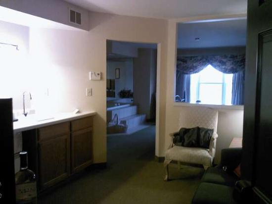 Country Inn & Suites Green Bay: 2 room suite