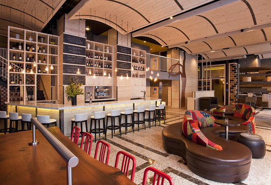 TRYP by Wyndham Times Square South: Hotel Lobby and Gastro Bar