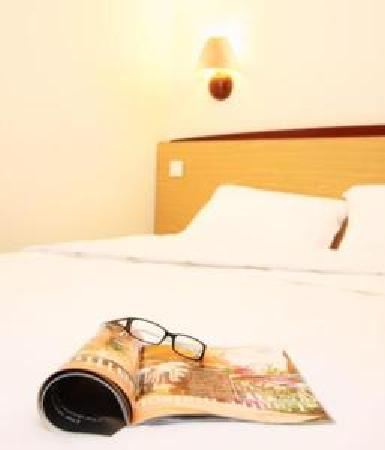 Premiere Classe Coventry Hotel: Double Bed