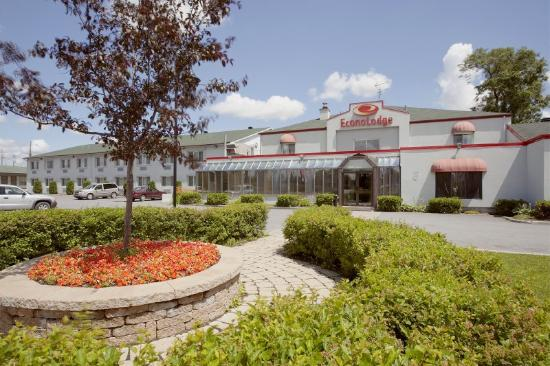 Photo of Econo Lodge Laval