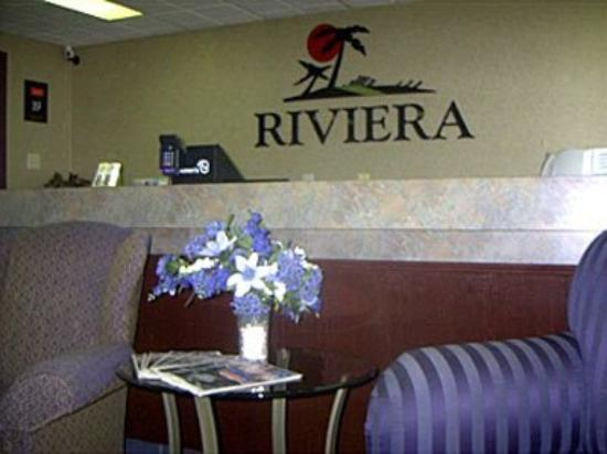 Riviera Motor Inn: Lobby View