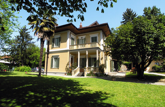 Photo of Villa d'Azeglio Albiano d'Ivrea