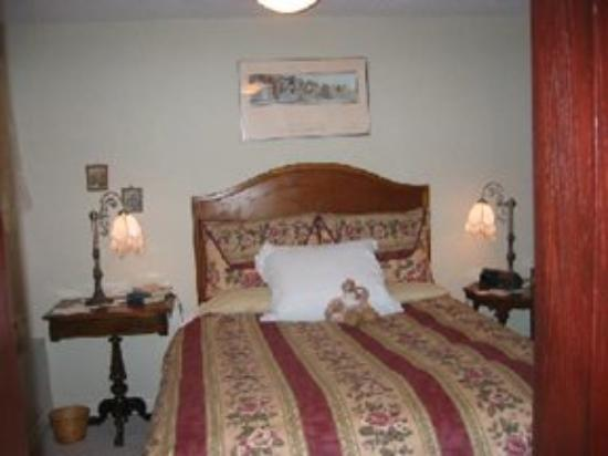Eliza Point Bed And Breakfast By The Sea