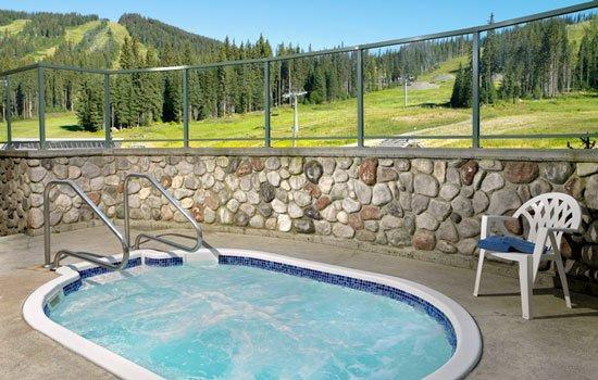 Coast Sundance Lodge: Hot Tub