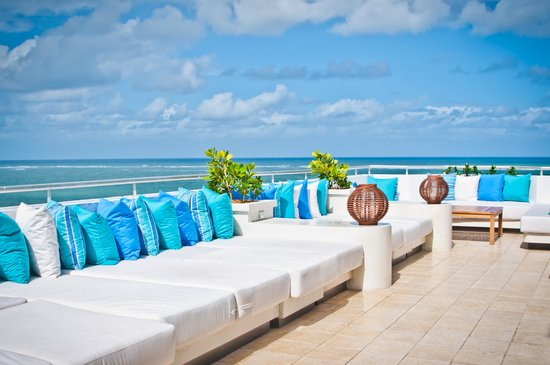 San Juan Water & Beach Club Hotel: Mist Lounge