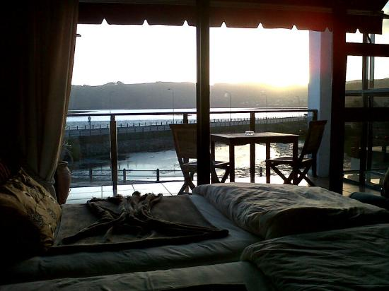 Knysna Terrace: Sunset View