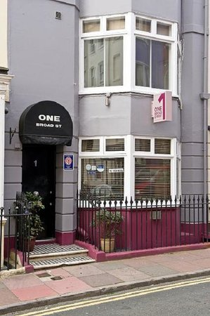 One Broad Street Guesthouse: Welcome!