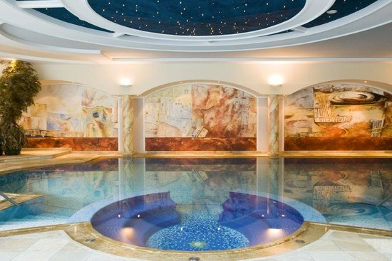 Hotel Gardena Grodnerhof: Indoor Swimming Pool
