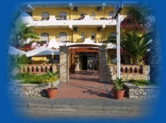 Photo of Hotel Solemar Sant' Alessio Siculo