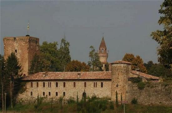 Photo of Residenza Torre di San Martino Gazzola