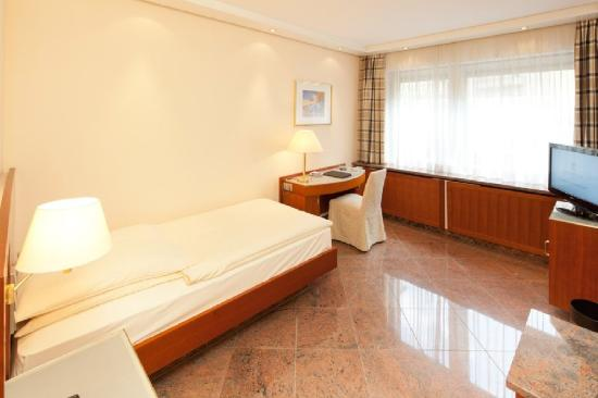 Hotel Preysing: Single Room