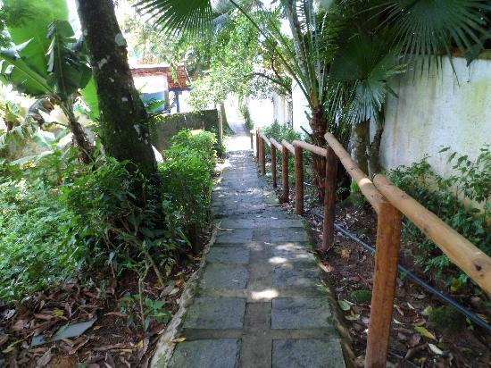 Tagomago Beach Lodge: las largassssssssss escaleras para llegar