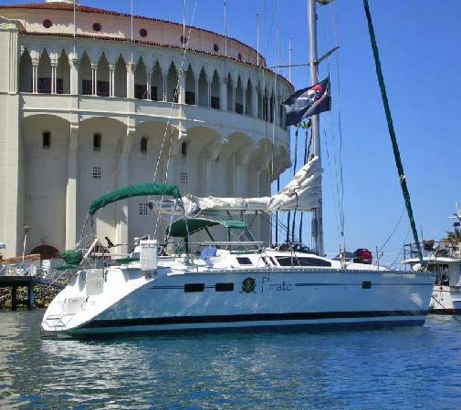 Dana Point, Kalifornia: One of the Skippered Charters Available