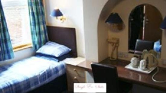 Donnington House Hotel: Guest Room