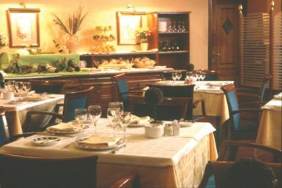 Hotel Ipanema: Dining