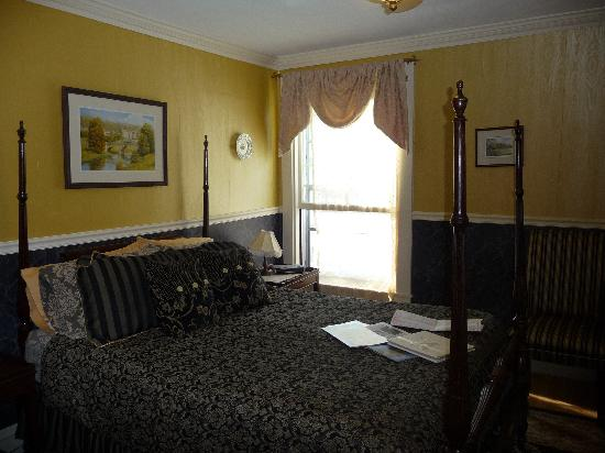 Aysgarth Station Bed and Breakfast: chatsworth room_1