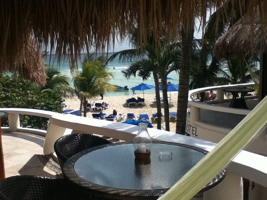 Playa Palms Beach: view room 202