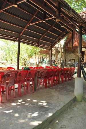 Mai Phuong Beach Resort: Dining Area