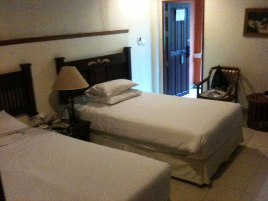 Hyton Leelavadee Phuket: Twin room 2