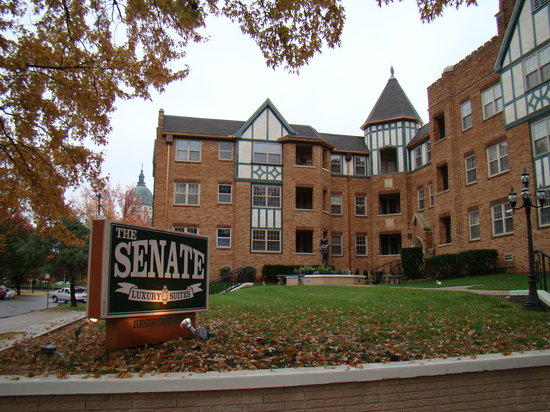 Photo of Senate Luxury Suites Topeka