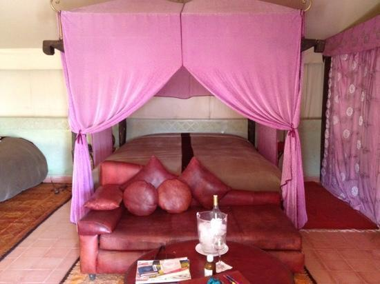 Kasbah Agafay: tent accommodation