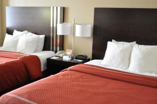 Comfort Suites UCF / Research Park: Comfort Suites UCF/ Research Park: Double Queen Suite (View 1)