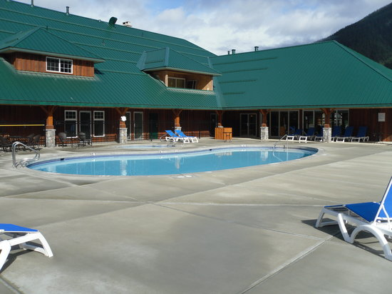 Sunshine Valley RV Resort & Cabins