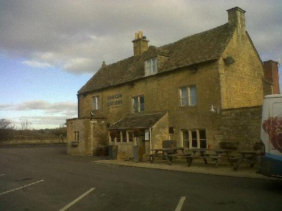 The Coach and Horses: Outside the restaurant/pub