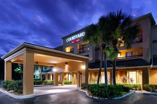Courtyard by Marriott Sarasota Bradenton Airport: Exterior