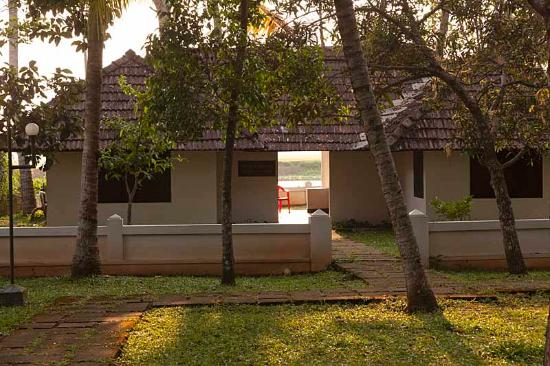 The Lake Village Heritage Resort: the ayurvedic spa