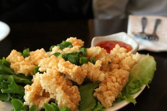 Fried calamari picture of saigon kitchen ithaca for Asia cuisine ithaca menu