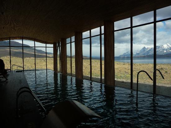 Tierra Patagonia Hotel & Spa: Swimming Pool