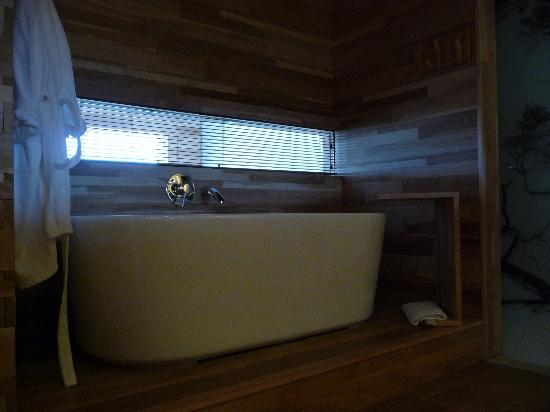 Tierra Patagonia Hotel & Spa: Bathroom