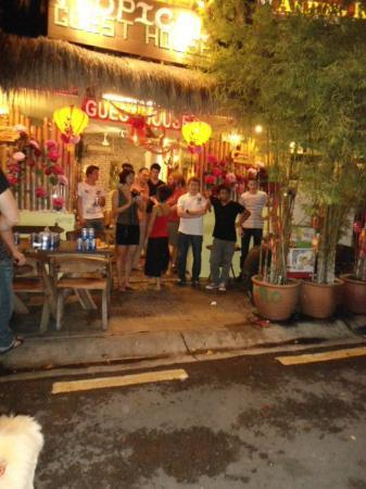 Tropical GuestHouse : chinese new year party at guest house