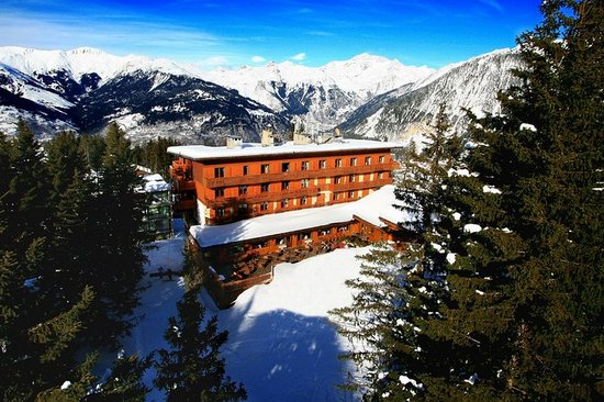 Photo of Hotel Des Neiges Courchevel