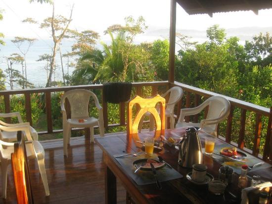 Casa Horizontes Guest House: Breakfast