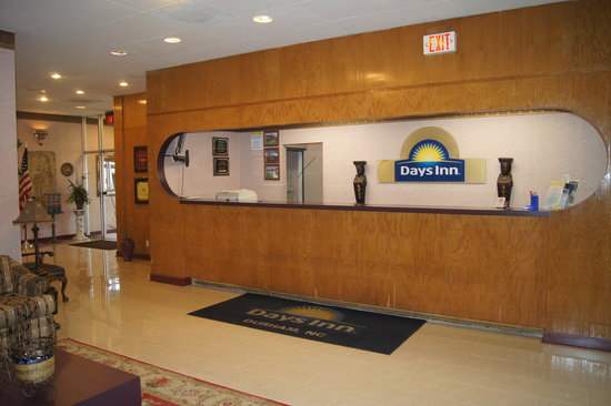 Days Inn - Durham