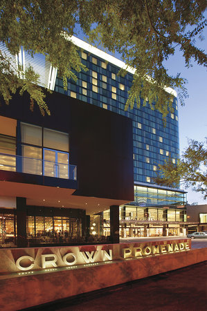 Crown Promenade Melbourne Hotel