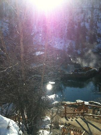 Strawberry Park Natural Hot Springs: Almost sundown on a perfect winter day.