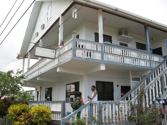 Photo of Serenade Guest House Placencia