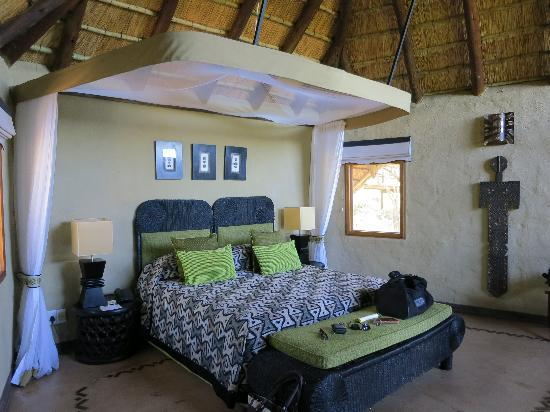 ‪‪Lukimbi Safari Lodge‬: Our room‬