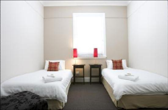 The Albion Hotel: Twin Room