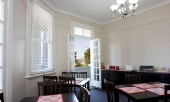 The Albion Hotel: Guest Breakfast Room