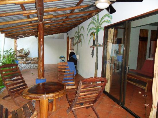 Tico Adventure Lodge: Poolhouse